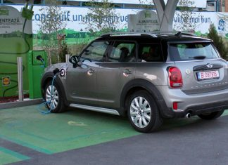 test-mini-countryman-s-e-plug-in-hibrid-stiinta-tehnica-1