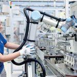 universal-robots-coboti-stiinta-tehnica-1