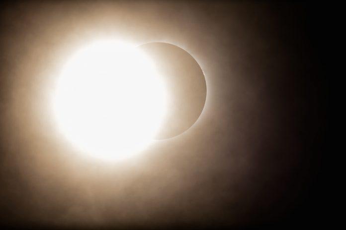 Eclipsa de Soare 2019